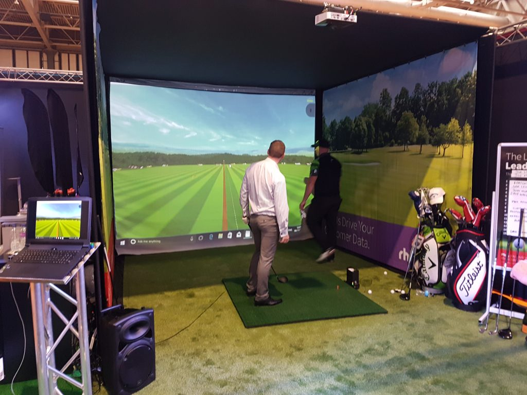 Joe Miller virtual driving range at AMLIVE 2017
